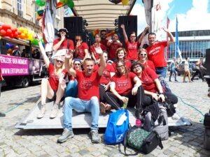 Foto unseres Teams beim CSD 2019 in Dresden
