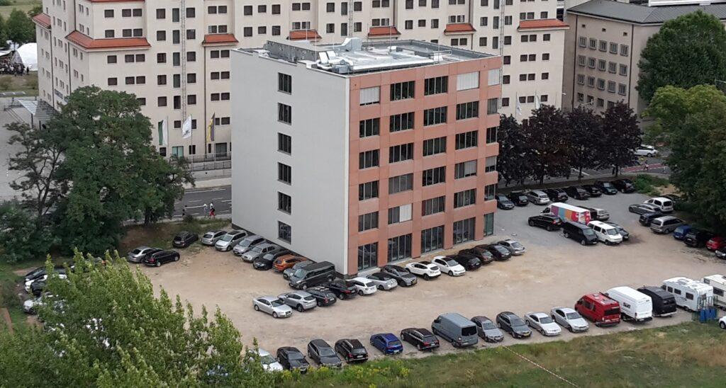 Hebert-Wehner-Haus Aufnahme von oben